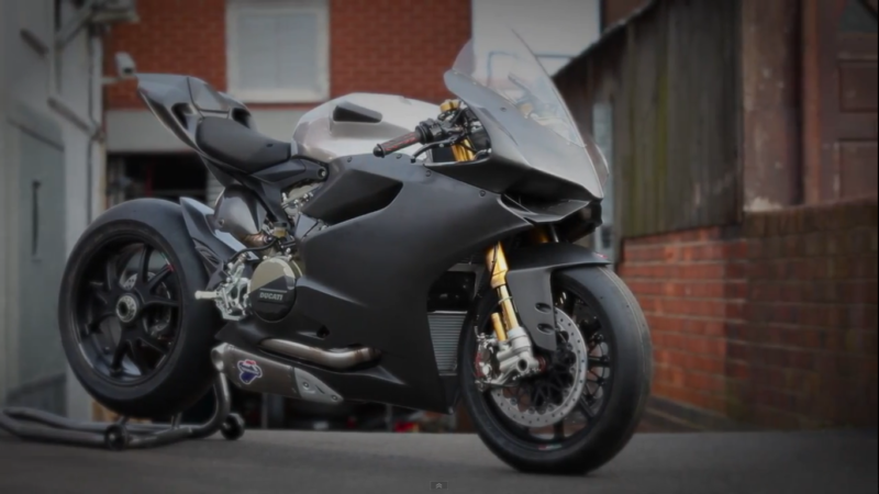 Modifikasi Motor Sport Ducati Panigale 1199 Grey